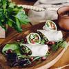Фото к позиции меню Рулет из сыра Сулугуни с овощами
