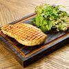 Фото к позиции меню Куриная грудка с микс-салатом