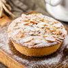 Фото к позиции меню Миндально-вишневый тарт