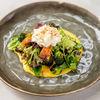 Фото к позиции меню Салат с сыром страччателла, брокколи и печеной тыквой