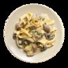 Фото к позиции меню Феттучини с белыми грибами и шампиньонами