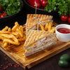 Фото к позиции меню Клаб-сэндвич с тунцом