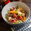 Фото к позиции меню Салат с моцареллой, томатами и чиабаттой