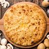 Фото к позиции меню Осетинский пирог с картофелем и грибами