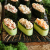 Фото к позиции меню Спайси суши с лососем в огурце