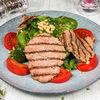 Фото к позиции меню Теплый салат из говяжьей вырезки