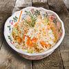Фото к позиции меню Салат из свежей капусты с морковью и душистым маслом