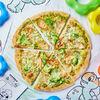 Фото к позиции меню Пицца с соусом Песто, брокколи и куриным филе Донателло