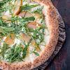 Фото к позиции меню Пицца Бьянка с грушей