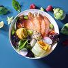 Фото к позиции меню Поке с лососем и авокадо