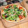 Фото к позиции меню Пицца с рукколой и креветками
