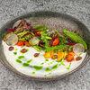 Фото к позиции меню Салат со свежими овощами и сыром фета