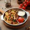 Фото к позиции меню Жареный картофель с курицей и грибами