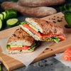 Фото к позиции меню Сэндвич с рыбой