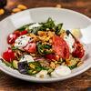 Фото к позиции меню Салат овощной с кремом из брынзы