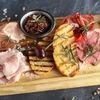 Фото к позиции меню Тарелка с мясными деликатесами