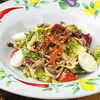 Фото к позиции меню Микс-салат с телятиной и грибами