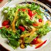 Фото к позиции меню Теплый салат с курочкой гриль