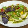 Фото к позиции меню Салат с молодым сыром и помидорами