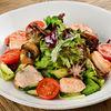 Фото к позиции меню Теплый салат с морепродуктами
