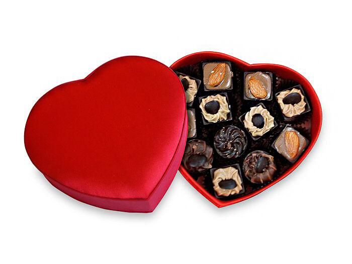 Набор конфет ручной работы Сердце в ресторане Конфаэль