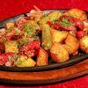 Фото к позиции меню Жаркое с копчеными колбасками