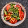 Фото к позиции меню Салат из баклажан и сладких томатов