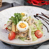 Фото к позиции меню Салат с цыпленком и грибами