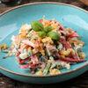 Фото к позиции меню Хрустящий салат с курицей