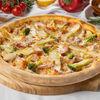 Фото к позиции меню Пицца с курицей и брокколи