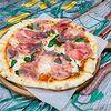 Фото к позиции меню Пицца с пармской ветчиной и сыром маскарпоне