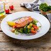 Фото к позиции меню Филе лосося с соте из овощей