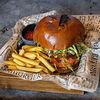 Фото к позиции меню Бургер от бороды с картофелем фри