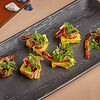 Фото к позиции меню Креветки в перечном соусе с вяленым ананасом