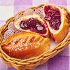 Фото к позиции меню Пирожки с вишней (2 шт.)