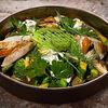 Фото к позиции меню Большой зеленый салат и страчателла с куриной грудкой