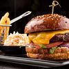 Фото к позиции меню Фирменный бургер