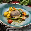 Фото к позиции меню Палтус с тушеными молодыми овощами