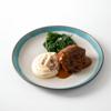 Фото к позиции меню Тушёные щёчки со шпинатом и картофельным пюре