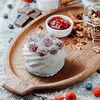 Фото к позиции меню Десерт Павловой