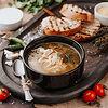Фото к позиции меню Суп из цыпленка с лапшой