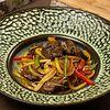 Фото к позиции меню Лапша удон с говядиной и овощами