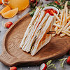 Фото к позиции меню Сендвич с ветчиной и сыром