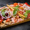 Фото к позиции меню Ассорти мясных деликатесов