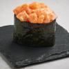 Фото к позиции меню Острые суши с лососем